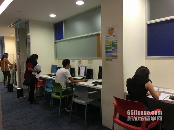 新加坡国际学校高中