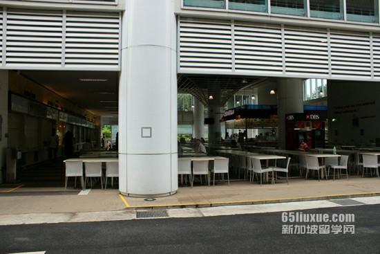 新加坡本科留学一年多少钱