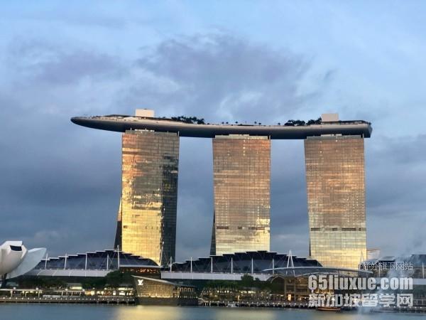 新加坡国大认可高考成绩