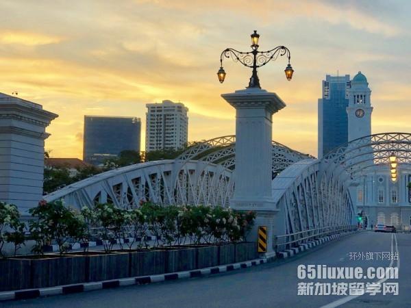 新加坡SMU�W�M